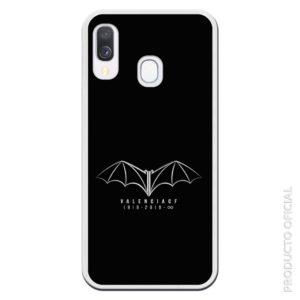 Funda móvil murciélago del valencia cf. 1919-2019 con fondo negro silicona gel flexible disponible para más de 500 terminales distintos pregunta por el tuyo. abraza tu móvil por los cuatro lados
